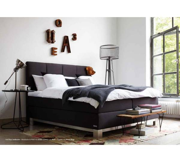 schlaraffia saga mit b ltex topper test boxspringbett. Black Bedroom Furniture Sets. Home Design Ideas